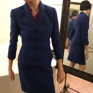 Blue 2-pc suit jacket/skirt Tahari